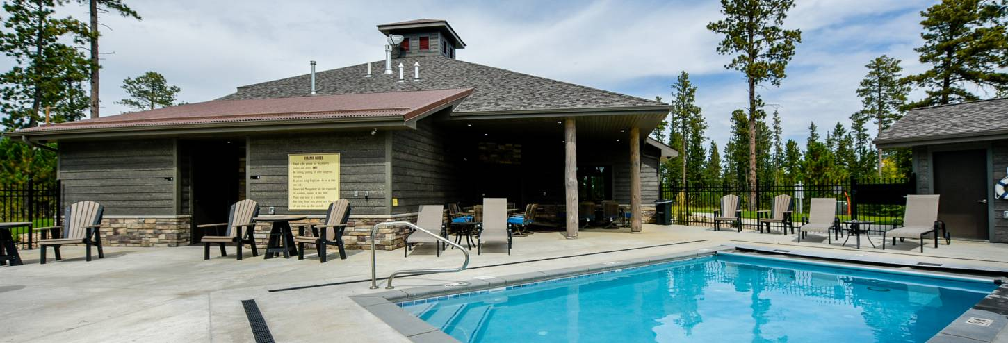 Pool, clubhouse, firepit, pool table